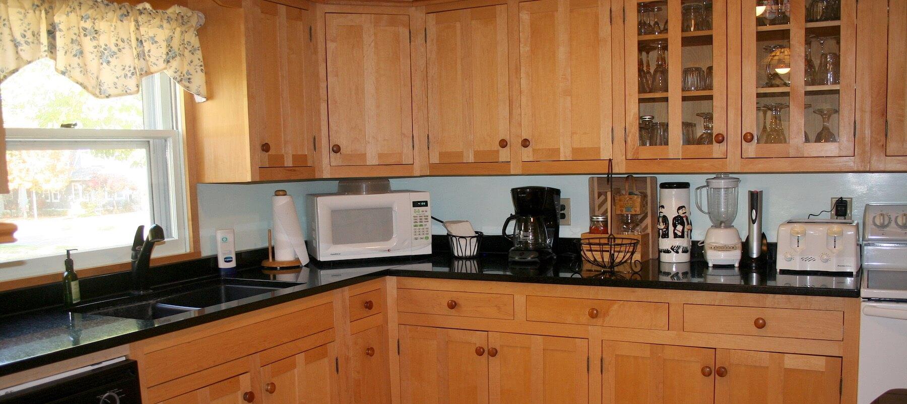 Custom Quality for Less & Custom Cabinets Made to Your Specifications | Steve\u0027s Custom Cabinets kurilladesign.com